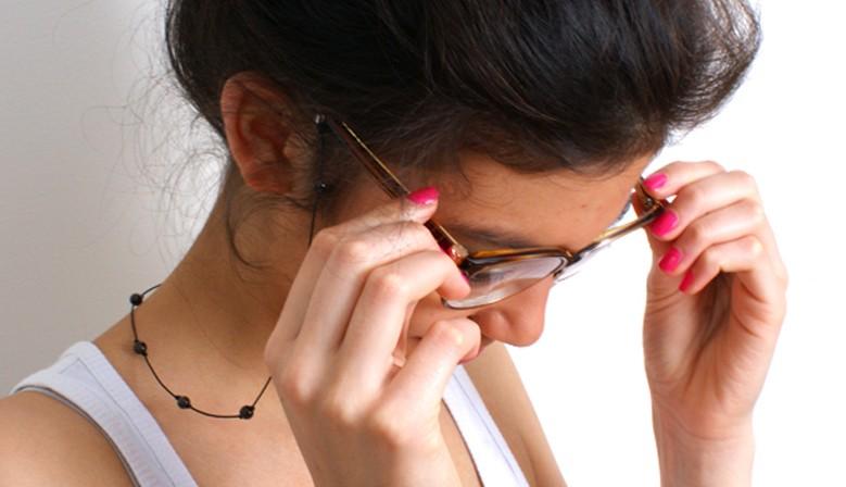 cordon pour lunettes pierres rondes et lisses